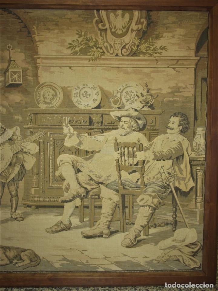 Antigüedades: TAPIZ SIGLO XIX , ESCENA ODALISCA. ENMARCADO - Foto 2 - 194890330