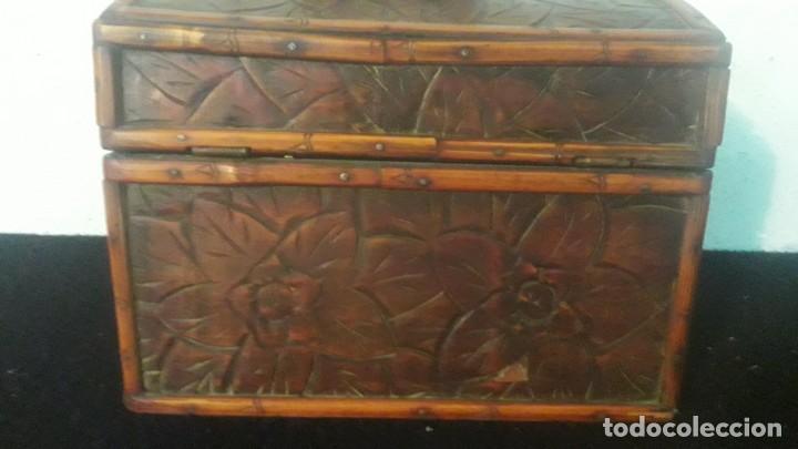 Antigüedades: Caja tallada teka y bambu - Foto 13 - 194892250
