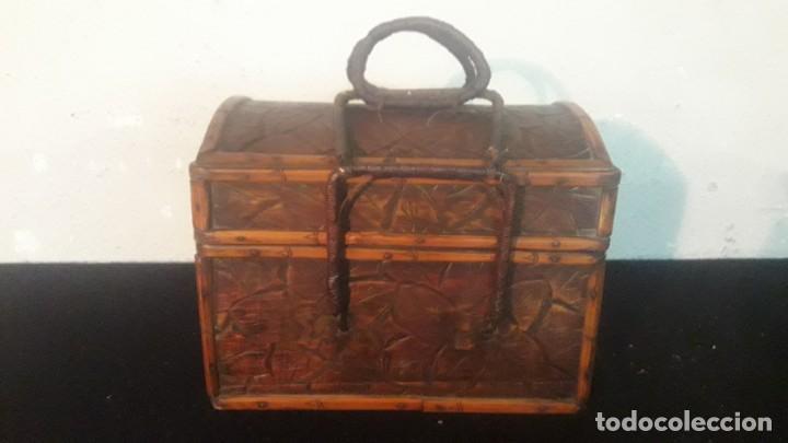 Antigüedades: Caja tallada teka y bambu - Foto 14 - 194892250