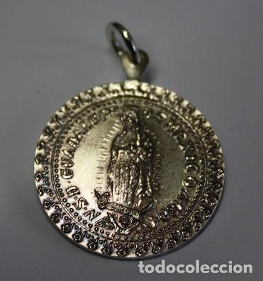 10,, MEDALLON DE NUESTRA SEÑORA DE GUADALUPE DE MEXICO A 1804, REV: NONFECIT. TALITER. OMNINATIONI (Antigüedades - Religiosas - Medallas Antiguas)