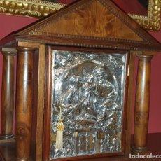 Antigüedades: MAGNIFICO SAGRARIO EN MADERA MACIZA Y LAMINAS EN BAÑO DE PLATA- 57 CM DE ALTURA TOTAL. Lote 194900297