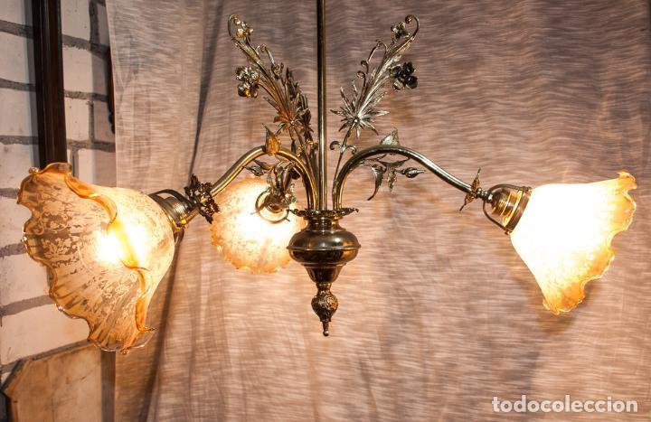 LAMPARA MODERNISTA DE BRONCE PULIDA Y ELECTRIFICADA, C 1900 (Antigüedades - Iluminación - Lámparas Antiguas)