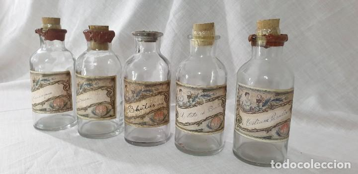 Antigüedades: BOTELLAS FARMACIA LOTE 5 UNIDADES - Foto 6 - 194915923