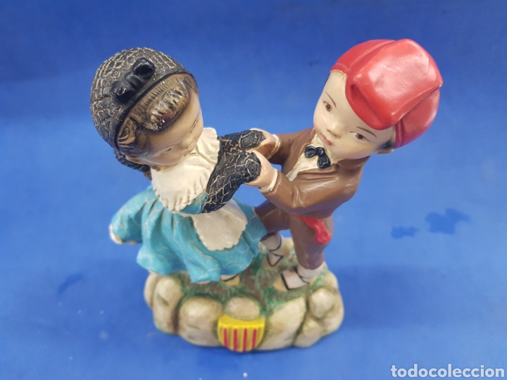 Antigüedades: Pareja de Catalanes bailando, estuvo policromada, años 1950-60 - Foto 5 - 194925442