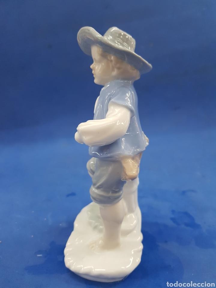 Antigüedades: Pareja de Segadores, Figuras de porcelana , años 1970 - Foto 7 - 194926021