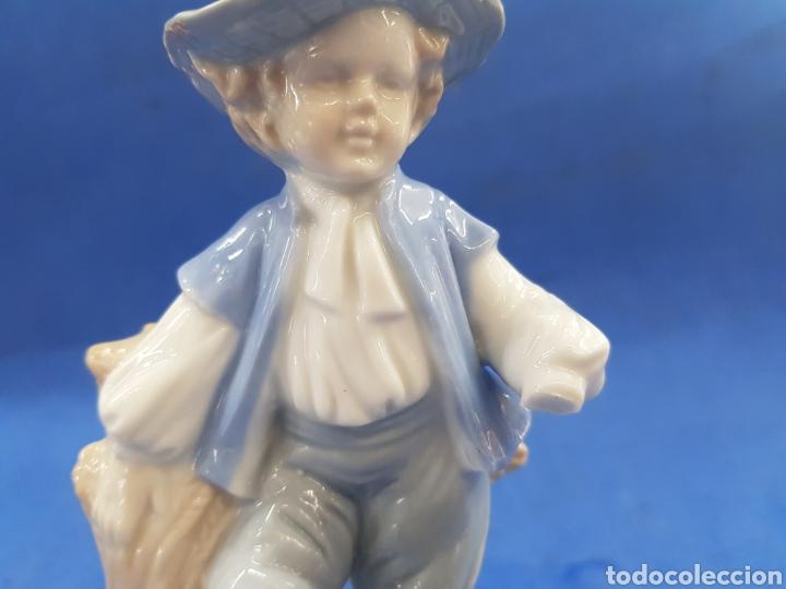 Antigüedades: Pareja de Segadores, Figuras de porcelana , años 1970 - Foto 10 - 194926021