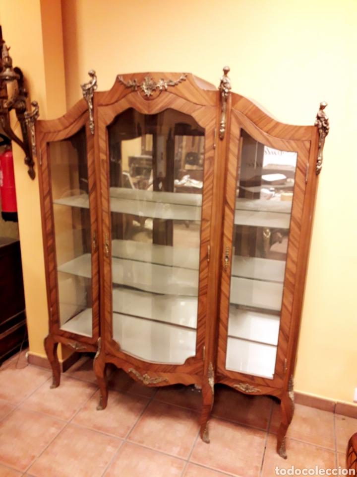 VITRINA LUIS XV (Antigüedades - Muebles Antiguos - Vitrinas Antiguos)