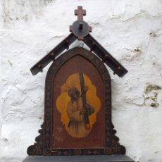 Antigüedades: ANTIGUA CAPILLA DE MADERA CON LA IMAGEN AL OLEO DEL GRAN PODER. Lote 194931136