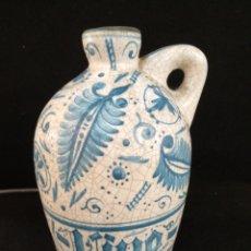 Antigüedades: BONITA JARRA CERÁMICA FIRMA BENLLOCH. Lote 194936671