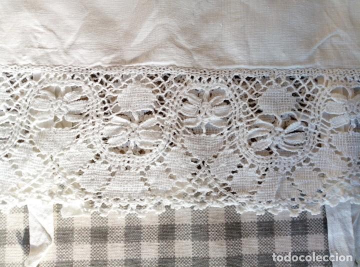 Antigüedades: Funda almohada bordada - Foto 3 - 194941420