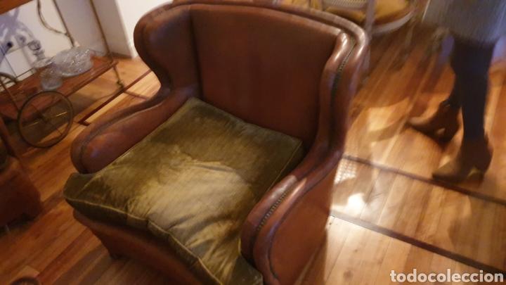 Antigüedades: Sofa en piel marron y 2 sillones - Foto 3 - 194957800