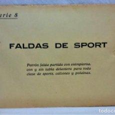 Antigüedades: PATRONES GRADUABLES SISTEMA MARTÍ.FALDAS DE SPORT SOBRE CON PLANCHA PATRONES.AÑOS 20SERIE 8 . Lote 194964673