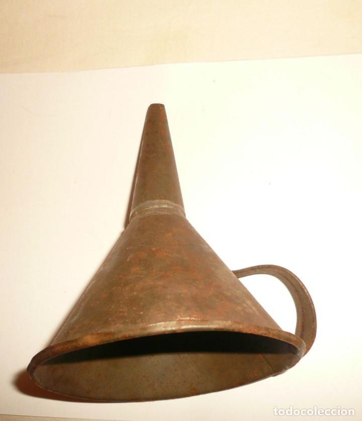 Antigüedades: EMBUDO DE HOJALATERO - Foto 5 - 194965463