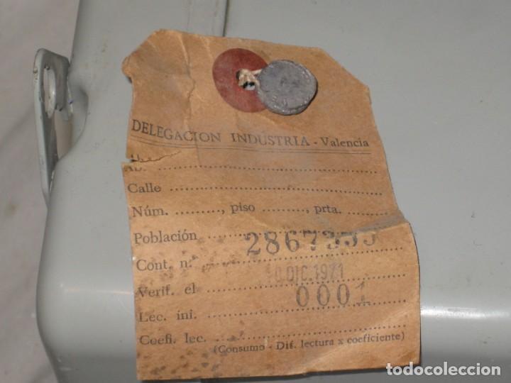 Antigüedades: Antiguo contador de luz. Landis & Gyr Española S.A. 1971. - Foto 5 - 194966431