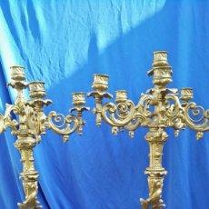 Antigüedades: CANDELABROS DE CALAMINA. Lote 194967925