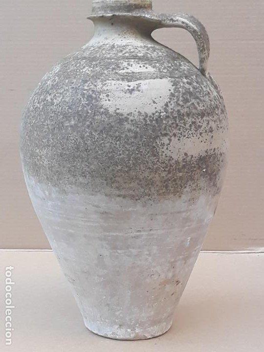 CANTARO GRANDE ANTIGUO EN BARRO BLANCO, EXTINTO ALFAR DE OCAÑA ( TOLEDO ) (Antigüedades - Porcelanas y Cerámicas - Otras)