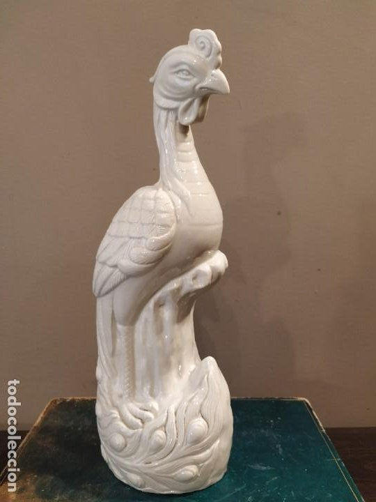 PAVO REAL PORCELANA CHINA - WAI MING - HONG KONG (Antigüedades - Porcelanas y Cerámicas - China)