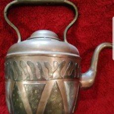 Antigüedades: ANTIGUA TETERA DE COBRE CON TAPA.. Lote 194995612