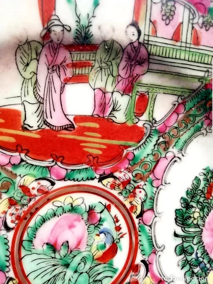 Antigüedades: Plato decorativo de porcelana china de familia, sellada - Foto 3 - 195000337
