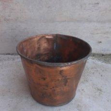 Antigüedades: CALDERO CUBO DE COBRE.. Lote 195015457