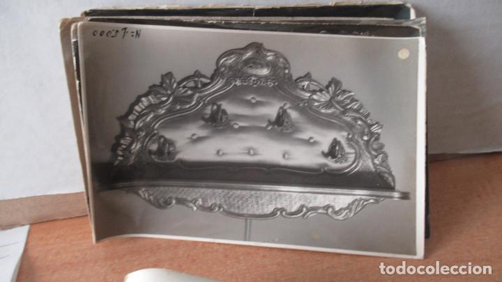 Antigüedades: lote de 35 antiguas fotos de marcos de espejo y mesas de paded. Fabrica de Zaragoza. - Foto 6 - 195019041