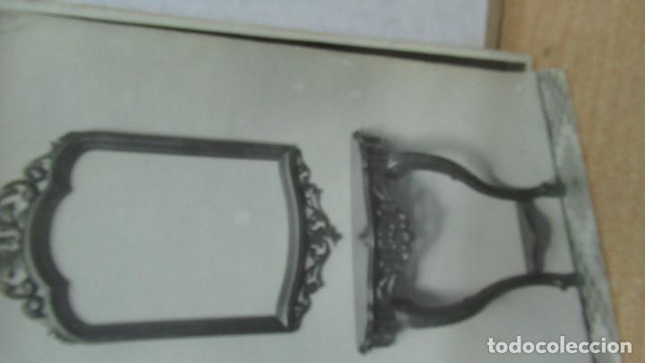 Antigüedades: lote de 35 antiguas fotos de marcos de espejo y mesas de paded. Fabrica de Zaragoza. - Foto 12 - 195019041