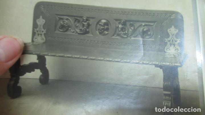 Antigüedades: lote de 35 antiguas fotos de marcos de espejo y mesas de paded. Fabrica de Zaragoza. - Foto 17 - 195019041