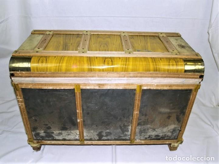 Antigüedades: Antiguo baul fabricado en los años 40- 50 - Foto 8 - 195031893