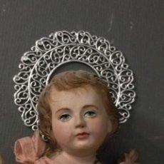 Antigüedades: TORTA O RESPLANDOR CORONA AUREOLA METAL PARA VIRGEN NIÑO JESUS CRISTO SEMANA SANTA. Lote 195043818