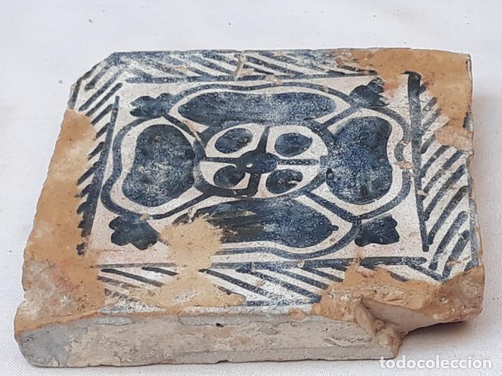Antigüedades: AZULEJO ANTIGUO GOTICO ( OLAMBRILLA ) MANISES ( VALENCIA ) SIGLO XV. - Foto 4 - 195049871