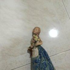 Antigüedades: FALLERA DE LA MARCA INGLÉS. Lote 195057102