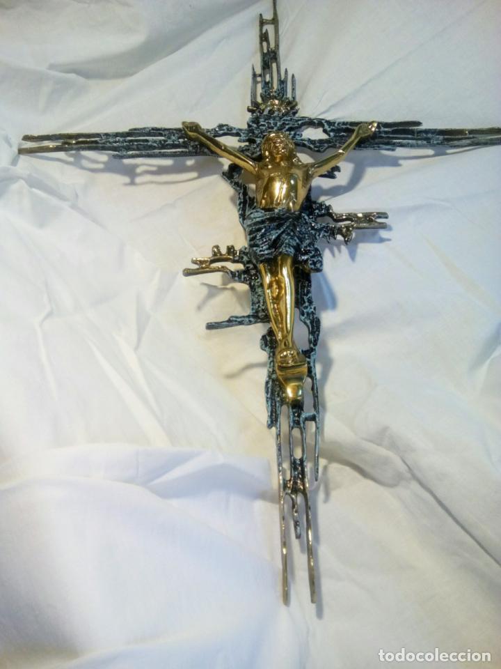 Antigüedades: Crucifijo con Cristo en bronce . Dalí. Surrealismo.67 cm - Foto 8 - 195057860