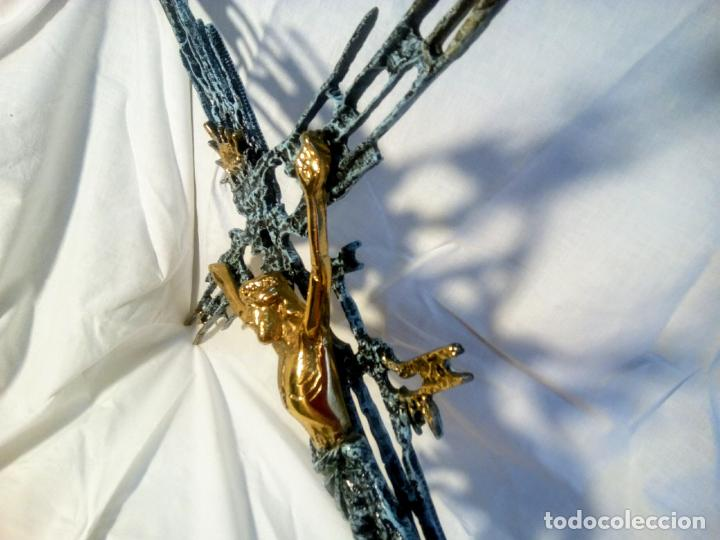 Antigüedades: Crucifijo con Cristo en bronce . Dalí. Surrealismo.67 cm - Foto 16 - 195057860