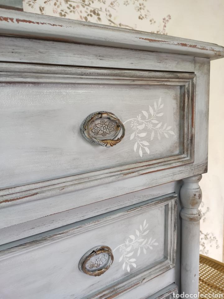 Antigüedades: Comoda 5 cajones restaurada en gris y blanco Shabby chic - Foto 8 - 195059410