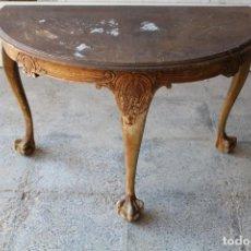 Antiquités: CONSOLA DE MADERA CON PATAS DE LEÓN. Lote 195060792