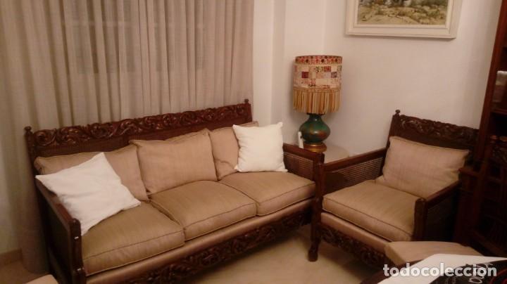 TRESILLO DE MADERA TALLADA CON REJILLA 2 SILLONES Y 4 SILLAS (Antigüedades - Muebles Antiguos - Sofás Antiguos)