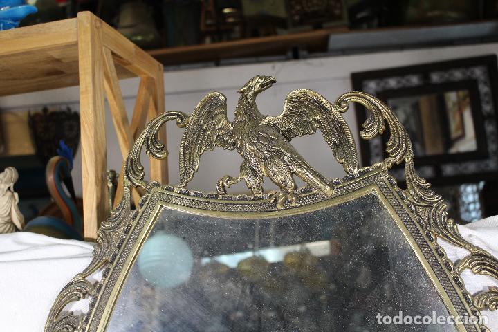 Antigüedades: espejo de bronce con aguila y angel - Foto 4 - 195067782
