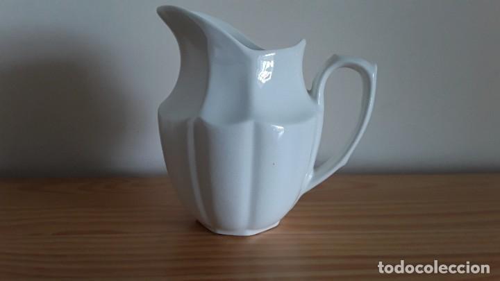 Antigüedades: Lechera cerámica Cartuja Pickman - Foto 5 - 195140436