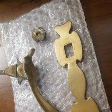 Antigüedades: ALDABA MODERNISTA. Lote 195149142