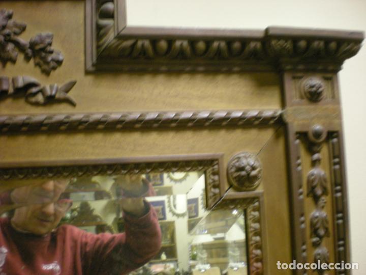 Antigüedades: ANTIGUO ESPEJO BISELADO CON MARCO DE NOGAL MODERNISTA - Foto 6 - 195151535