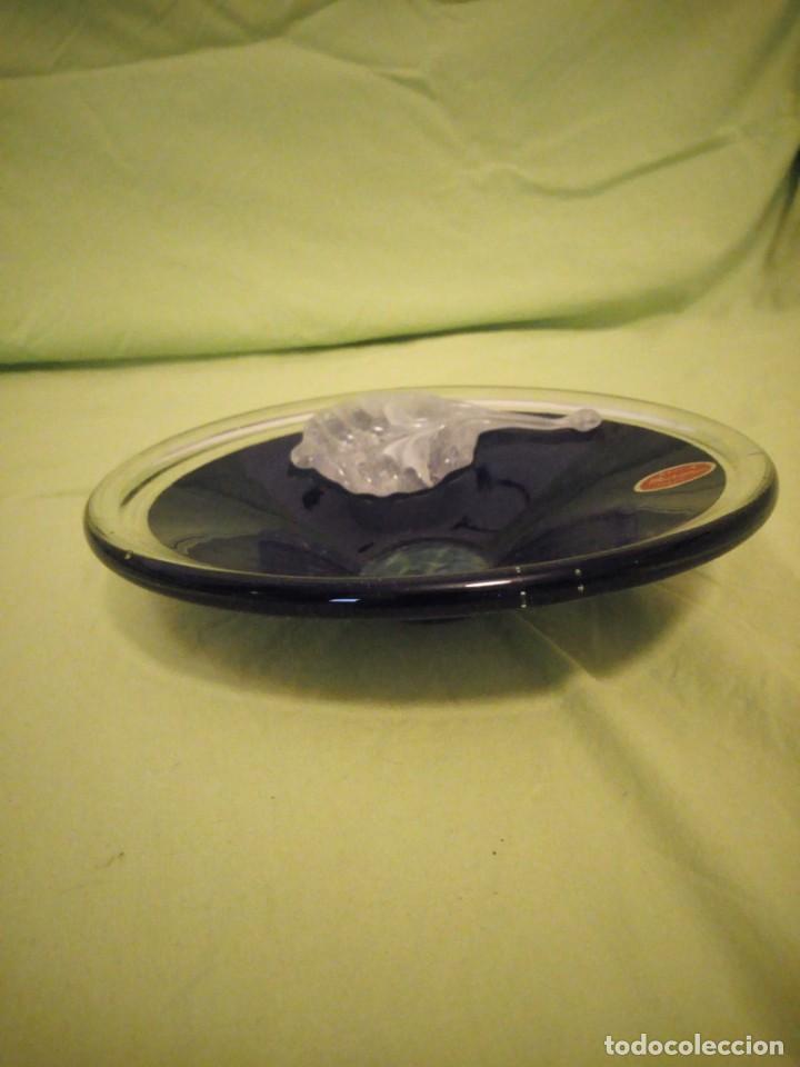 Antigüedades: Precioso centro de mesa de cristal de murano italia,con hoja en relieve.sello de atenticidad. - Foto 5 - 195162271