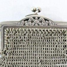 Antigüedades: MONEDERO DE MALLA EN BAÑO DE PLATA S XIX. Lote 195167261