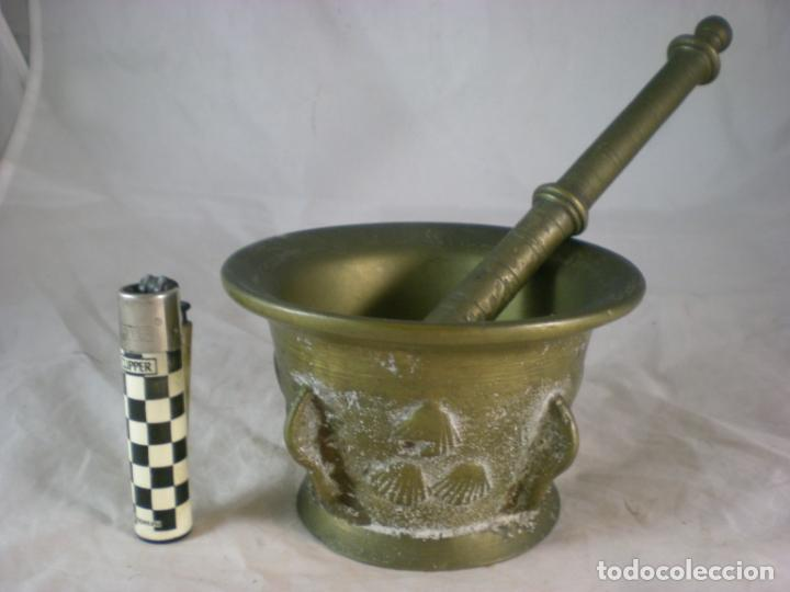 Antigüedades: Almirez Bronce - Galicia Siglo XVIII - 4 Costillas - Conchas Vieira - Foto 2 - 195177056