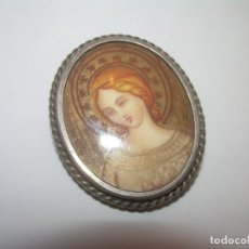 Antigüedades: ANTIGUO COLGANTE Y BROCHE DE PLATA..FINAMENTE.PINTADO SOBRE PLACA DE MARFIL..CON CONTRASTE DE PLATA.. Lote 195182223