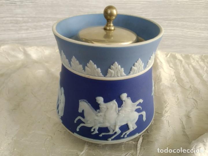REBAJAS!!!WEDGWOOD MUY RARO ! TRES COLORES! 1780-1820 AÑOS (Antigüedades - Porcelanas y Cerámicas - Inglesa, Bristol y Otros)