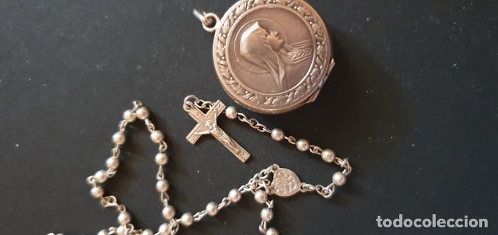 Antigüedades: Rosario de plata con caja con motivo religioso - Foto 2 - 195193451