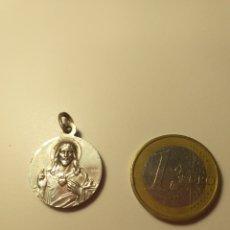 Antigüedades: MEDALLA DE PLATA SAGRADO CORAZÓN. Lote 195200095