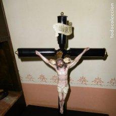 Antigüedades: ANTIGUO CRUCIFIJO DE ALTAR, CRUZ JESÚS, SELLADO OLOT.. Lote 195200816