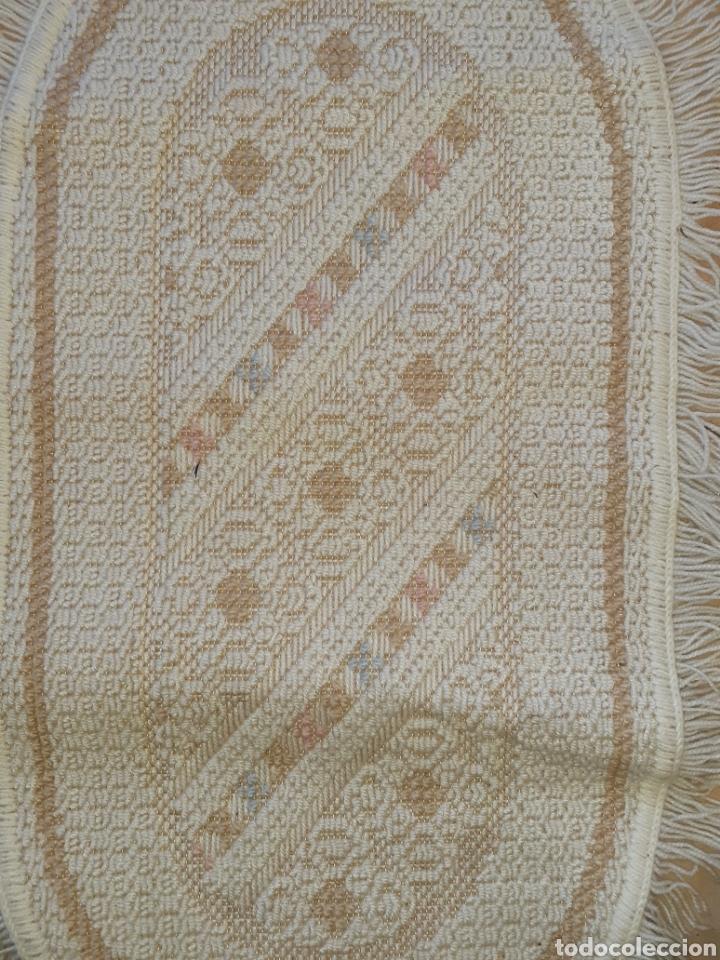 Antigüedades: Antiguas alfombras pie de cama años 60 - Foto 2 - 195203018