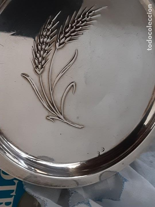 Antigüedades: Platito para el pan espiga labrada, plata de ley contrastada. Peso 27 grs. Diam. 10,6 cms - Foto 2 - 195203973